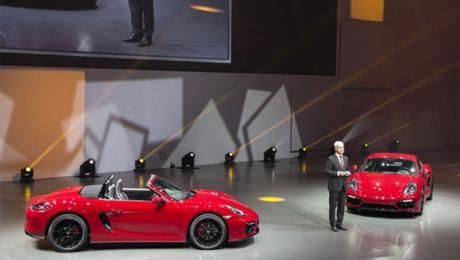 World premiere of mid-engine sports cars