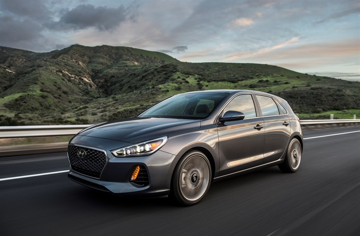 ALL-NEW 2018 ELANTRA GT MAKES DEBUT AT CHICAGO AUTO SHOW
