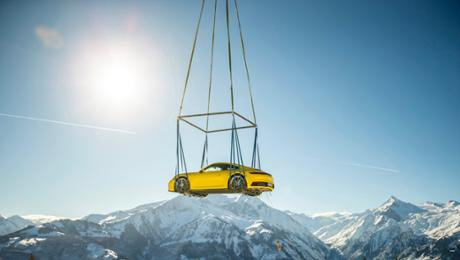 Great appearance for the new 911 in the Alps