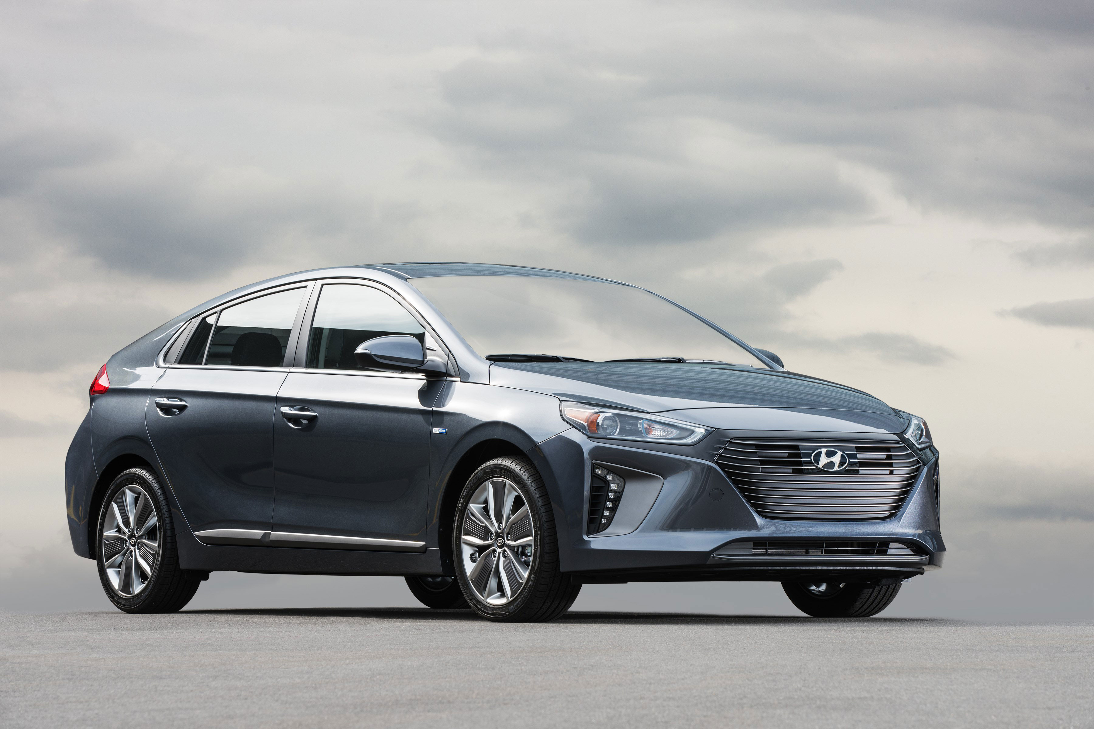 Hyundai Ioniq and Accent Awarded Editors' Choice Honors by Car and Driver