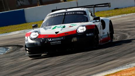 WEC: Porsche tackles from stick position
